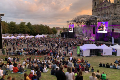 "13.000 Besucher feiern ""Light up the Dom"""